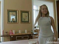 خدمتکار خالکوبی آشپزها خروس سیاه را الاغ خود را بالا بهترین فیلم های سکسی جهان می برد