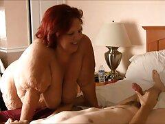 دو سبزه آبدار ، یک شخص را در هتل فاک بهترین کانال سکسی جهان می کنند