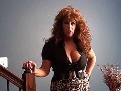 دختر بیدمشک شکاف بهترین عکس های سکسی جهان بسیار مودار در دوربین را نشان می دهد
